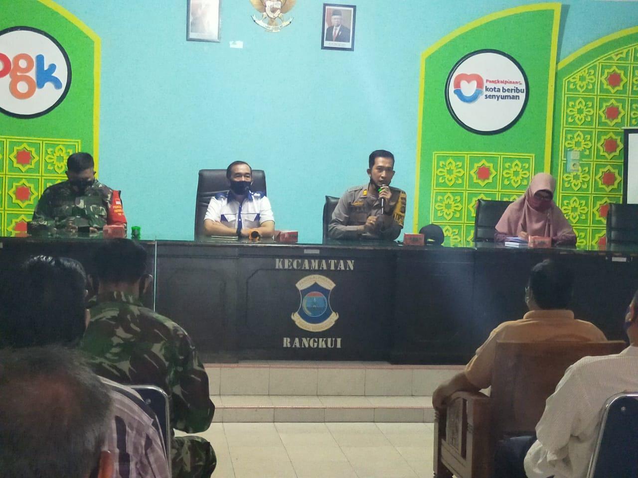 Antisipasi Penyebaran Covid -19 Polsek Bukit Intan Rapat Bersama Forkopimcam Kecamatan Rangkui